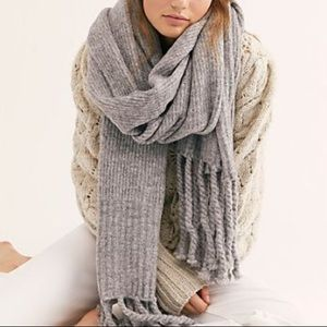 "NWT FREE PEOPLE ""jaden rib"" knit blanket scarf"